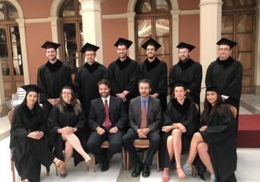 Más de 75 alumnos se graduaron de los programas de magíster interdisciplinarios