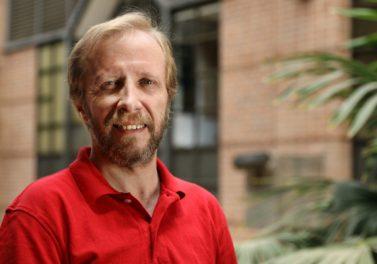 Francisco Gallego pasa a ser profesor titular de la UC