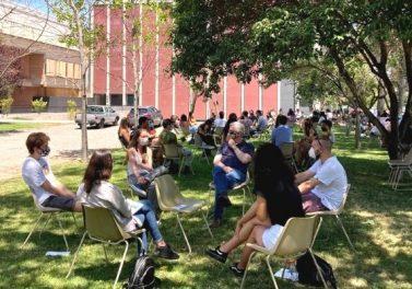 Estudiantes de 1er año participaron en un encuentro presencial en la Facultad