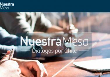 """Pastoral UC y Fundación Voces Católicas presentaron """"Diálogos por Chile: 60 desafíos para una renovada convivencia nacional"""""""