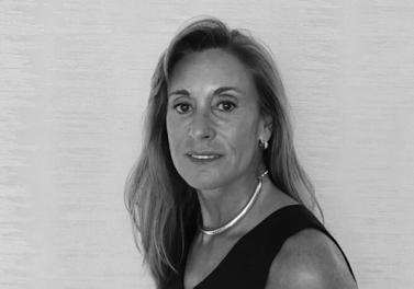 Columna egresados: María Dolores Lasen