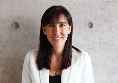Victoria Valdés asume la dirección de Ingeniería Comercial UC