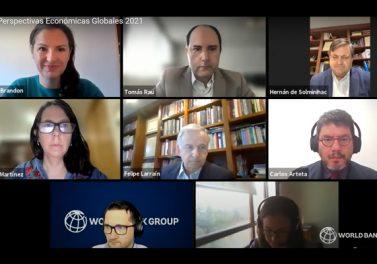Académicos de la Facultad analizaron perspectivas económicas presentadas por el Banco Mundial